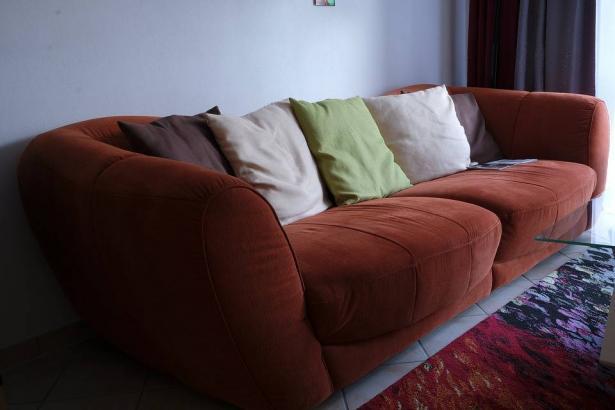 ما هي الألوان المناسبة لغرفة الجلوس؟؟