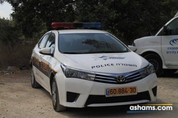 اتهام 3 فلسطينيين باقتحام منازل في منطقة الساحل