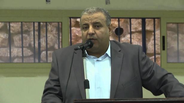 اهالي طرعان يغلقون المدخل الشرقي احتجاجًا على مشروع توسعة الشارع