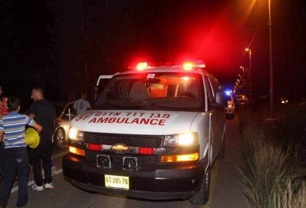 اصابة بالغة لطفل من اكسال تعرض لحادث طرق