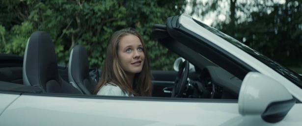 دراسة: النساء افضل بقيادة السيارة