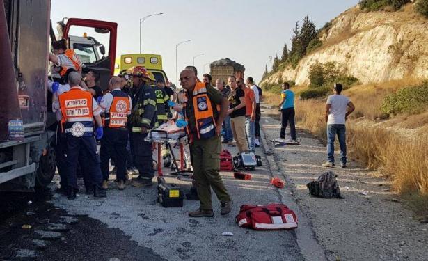 مصرع شاب يهودي في حادث طرق على شارع 6 قرب مفرق بن شيمن