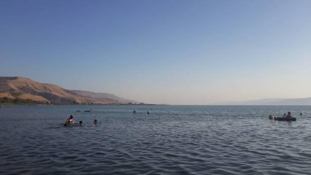مخاطر السباحة في بحيرة طبريا