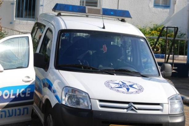 القاء قنبلة باتجاه منزل مواطن في المغار واعتقال مشتبه