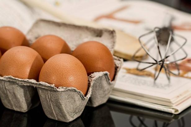 فضيحة البيض الملوث تطال مزيدا من الدول الاوروبية