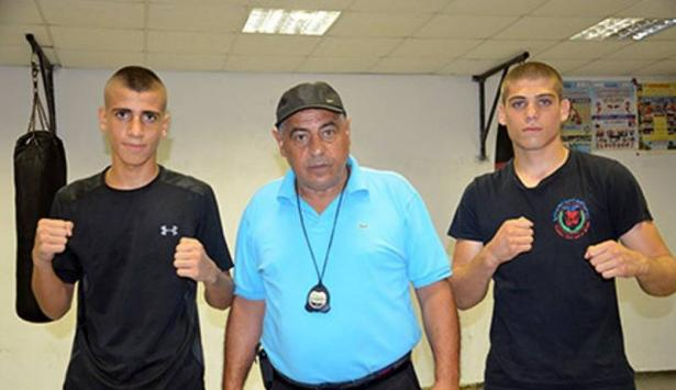 3 شبان عرب من البلاد يحققون انجازات مشرفة في بطولة صربيا للملاكمة وفؤاد ملاح يحصد الميدالية الذهبية