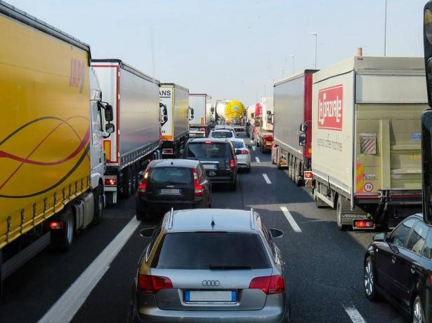 كيف تتجنب الزحام المروري