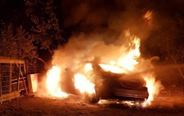 كفركنا: مجهولون يحرقون سيارة المواطن رأفت خطيب