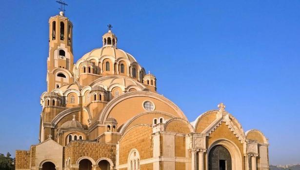 رحلة سياحية الى لبنان