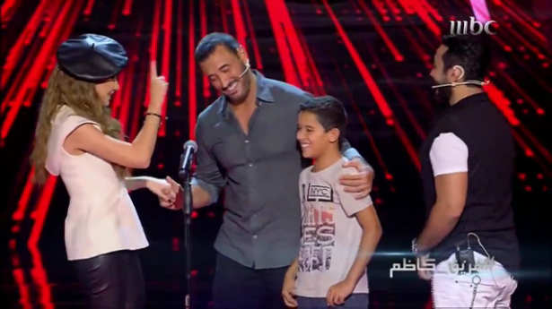 "طفل مغربي يبهر جمهور و حكام ""the voice kids"" بموال قل للمليحة"