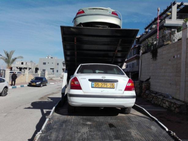 ام الفحم: رفع 19 سيارة معطلة من شوارع المدينة