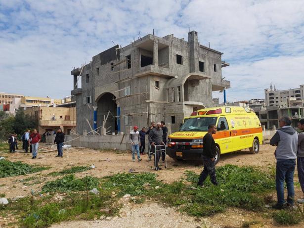 مصرع عامل من غزة ( 40 عامًا) جراء سقوطه في ورشة بناء في طمرة