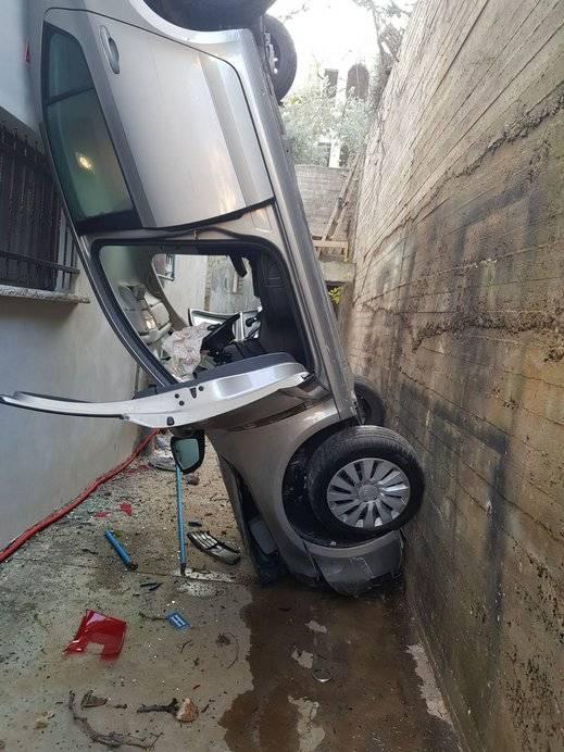 طمرة: اصابة سيدة بعد ان سقطت سيارتها عن ارتفاع 4 امتار