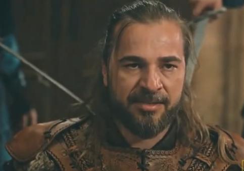 بطل أرطغرل يعلق على قرار MPC وقف المسلسلات التركية