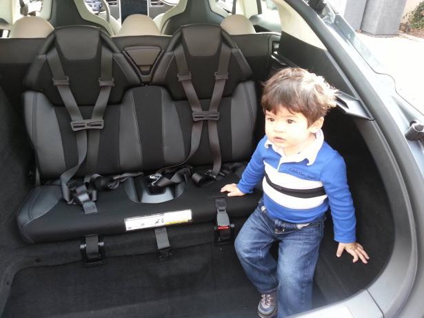 كي لا تنسوا طفلكم داخل السيارة، الشمس تقدم لكم توصياتها مع الخبير التقني هانس شقور