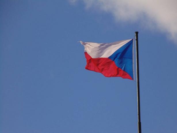 رئيس التشيك يعلن نقل سفارة بلاده إلى القدس وهولندا تعلن رفضها