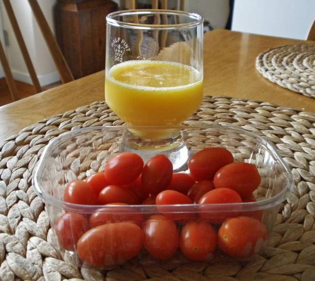 طريقة تحضير عصير البرتقال بالطماطم