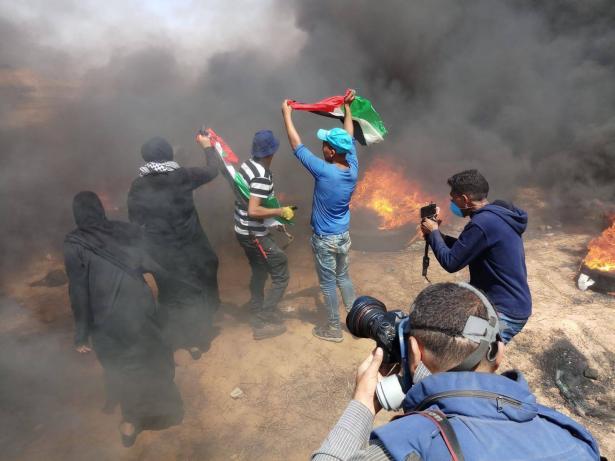شاهد: عرض مؤثر ومحزن لطلاب في جنيف يجسد أحداث غزة
