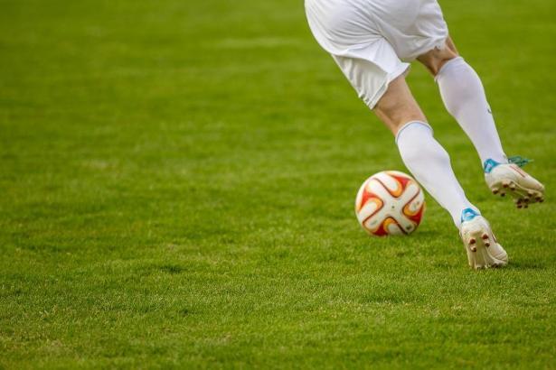 أغلى 3 أندية كرة قدم في العالم