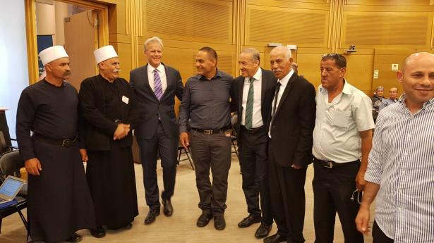 النائب حسون ومايكل اورن يقيمان افطارا في الكنيست لوجهاء الوسط العربي!