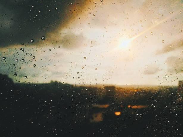 الطقس: غائم جزئي وتوقعات بسقوط امطار