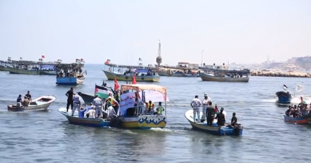 اسرائيل تفرج عن معتقلي سفينة كسر الحصار باستثناء القبطان