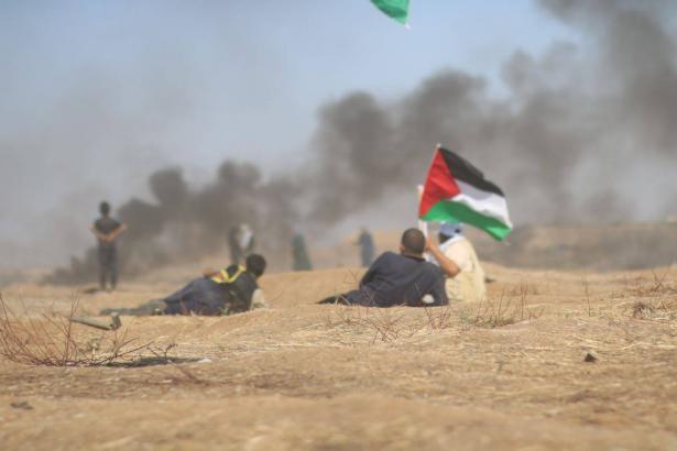 آدم من غزة، فتى اختطفه الجنود بعد اصابته بجراح خطيرة يمنع من لقاء المحامين