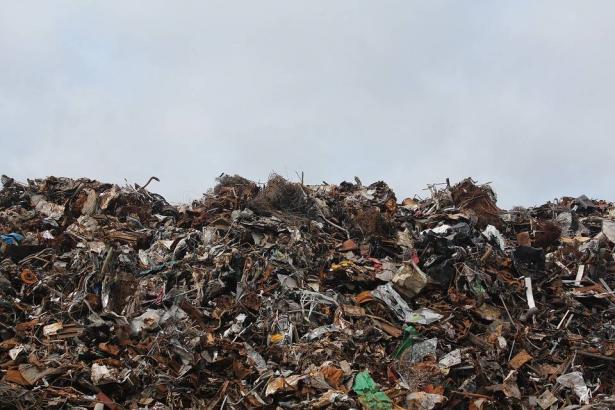 تذمر كبير لسكان الجديدة المكر بسبب المخاطر البيئية لمكب النفايات
