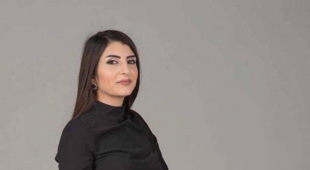 د. حنين خلايلة تروي حادثة المعاملة العنصرية معها