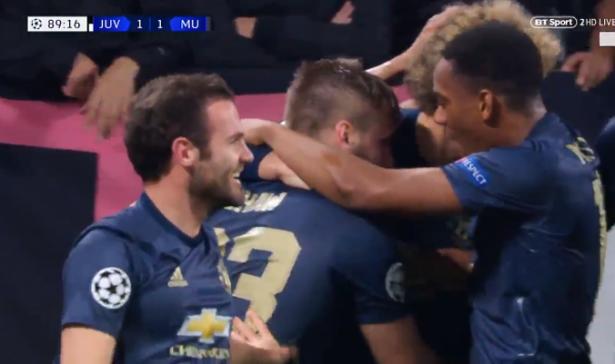 مانشستر يونايتد يُعاقب يوفنتوس ويقلب تأخره إلى فوز في الدقائق الأخيرة (فيديو)