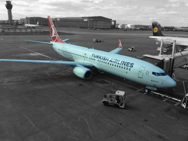 تركيا تفتتح اضخم مطار باسطنبول