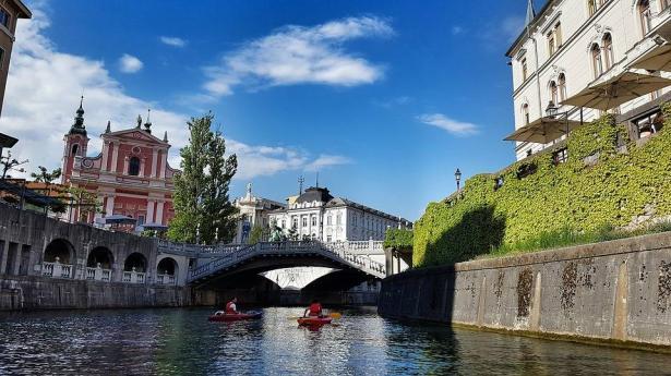 لاستنشاق هواء نظيف والاستمتاع بالجليد والغابات... رحلة ساحرة إلى ليوبليانا عاصمة سلوفينيا