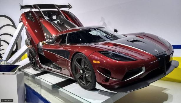 أسرار سيارة أفضل لاعبي العالم ليونيل ميسي