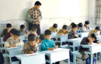 د. اغبارية للشمس: تراجعت نظرة المجتمع للتعليم كقيمة عليا ولذا تراجعت مكانة المعلم