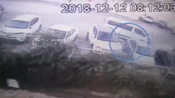 شاهدوا: لحظة خطف معلم من امام مدخل مدرسة في ام الفحم قبل نحو اسبوعين