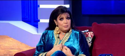 فيفي عبده تتراجع عن اعتزال الرقص