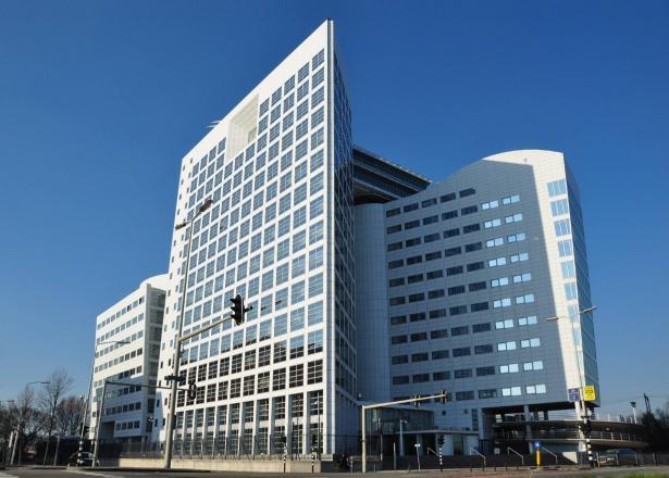 د.بشارات للشمس: محكمة الجنايات تتعرض لضغوط لعرقلة التحقيق في جرائم اسرائيل