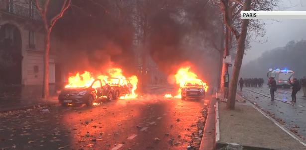 باريس تحذر الجهات الساعية لإسقاط النظام في فرنسا
