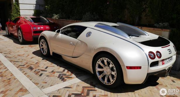 تغيير خزان الوقود في سيارة بوغاتي فيرون يكلف أكثر من سعر سيارتي نيسان كيكس