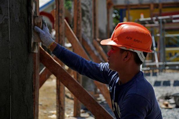 خطة لجلب 2000 عامل فلبيني للعمل في إسرائيل
