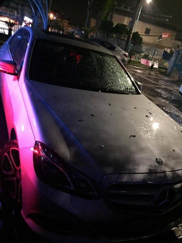 ربحي دحلة للشمس بعد استهداف سيارته بالرصاص:  نحيا بجحيم و3 سيارات حرقت لنا