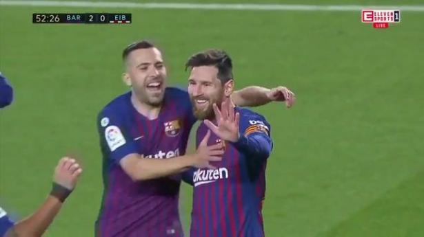 برشلونة يكتسح إيبار وميسي يصل إلى الهدف رقم 400