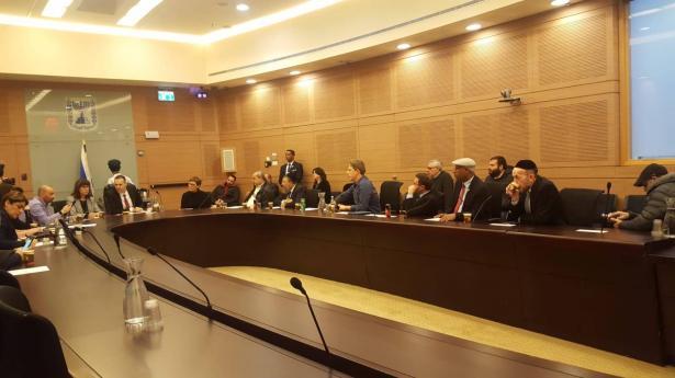 لجنة الكنيست توافق على انفصال القائمة العربية للتغيير