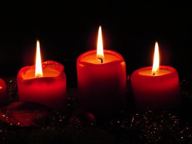 ديكور الشموع صديقك في الشتاء