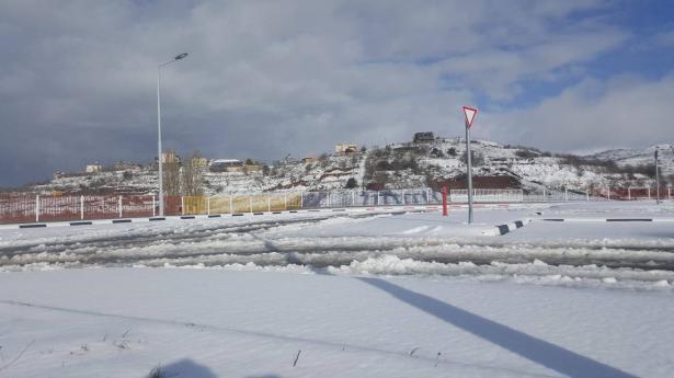 فيديو  وصور ساحرة للثلوج في الجولان