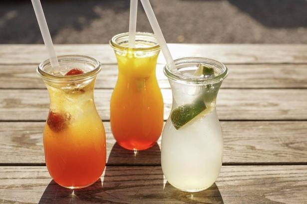 مشروبات منعشة تساعد على خفض ضغط الدم بسرعة