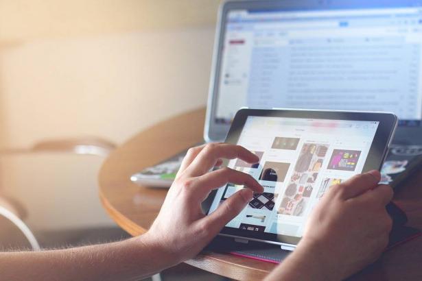 تطورات تكنولوجية قد توفر أو تقضي على العديد من الوظائف