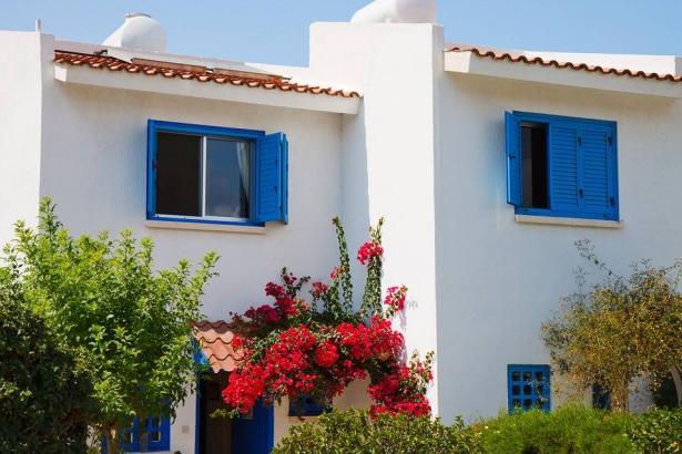 سحر اللون الأزرق لديكور المنزل في الشتاء