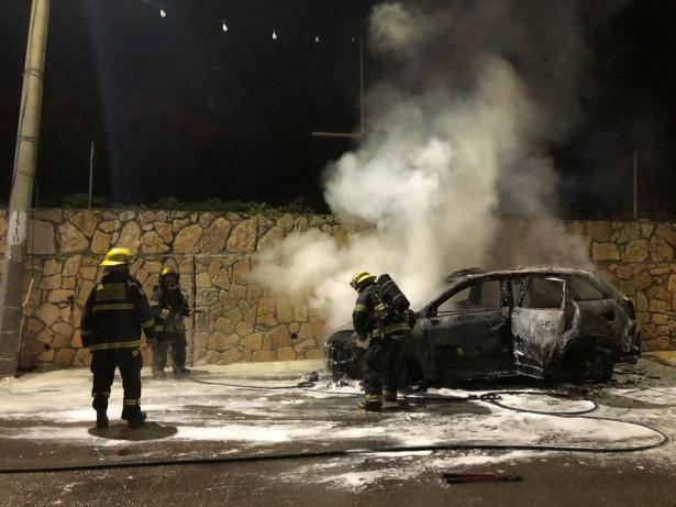 شاهد: احتراق سيارة في دير الأسد والخلفية مجهولة