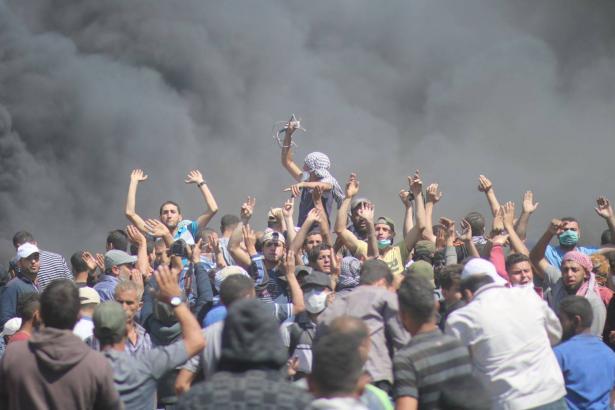 وتستمر مسيرات العودة في غزة: جمعة جديدة بعنوان